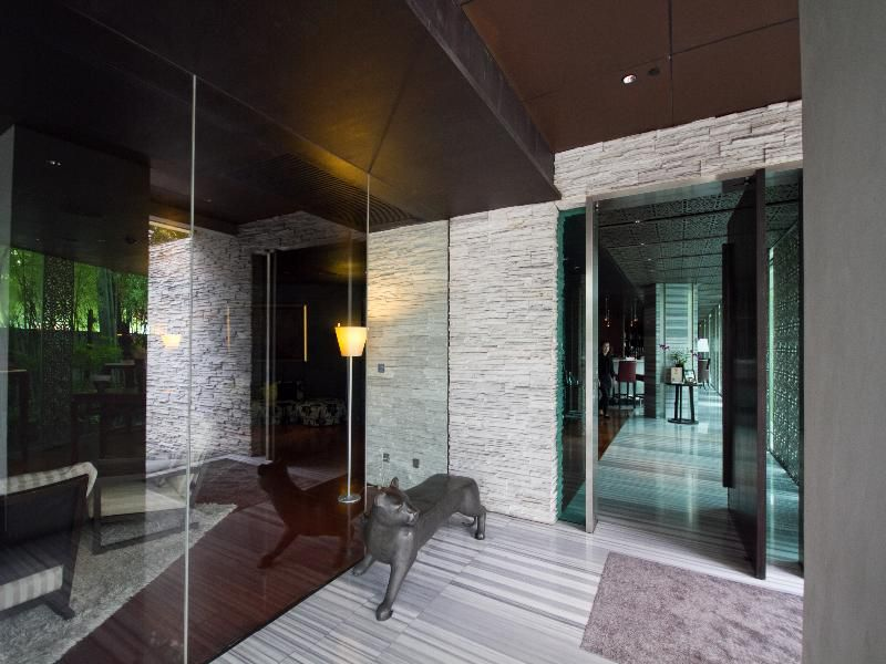 Maduzi Hotel