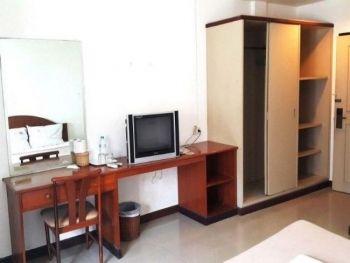 A House Boutique Guesthouse Bangkok Hotel