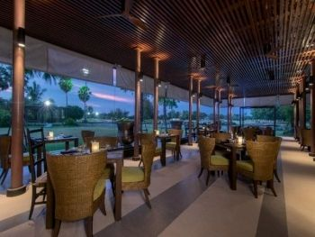 Le Meridien Suvarnabhumi Bangkok Golf Resort & Spa โรงแรม